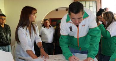 Hasta la fecha son tres mil  familias beneficiadas con la legalización de asentamientos en Chía